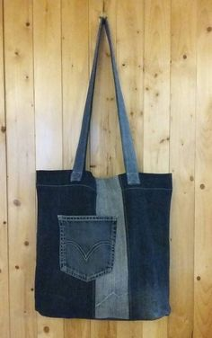 Tote style bag upcycled jeans by CloTotaleRecup on Etsy https://www.etsy.com/listing/511717206/tote-style-bag-upcycled-jeans