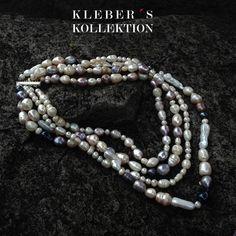 J'adore perles!  La feminidad de una mujer representada en la unión de varios tonos de perlas barrocas Bawi y de Tahití. Te gusta lo que ves?  Fotografía : @klebersoriano  be DIFFERENT choose an #KK #fashion #moda #Pearls #necklace #bijoux #bisuteria #jewel #jewelry #publicidad #ads #designer #design #emprendedor #Ecuador #photography #Nikon #Tahitian #Bawi #estilo #style #accesorios #accessories #fashionista #marketing