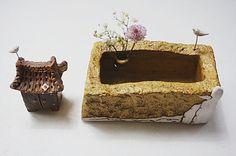 하늘빚다 사각수반 : 네이버 블로그 Desserts, Bonsai, Pots, Shelves, Ceramic Flowers, Tailgate Desserts, Deserts, Shelving, Postres
