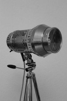 Exklusive Stativlampe im Bauhausstil!  von talentfrei auf DaWanda.com