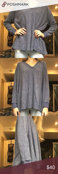 Women's sweater American eagle/Aerie sweater, barely worn, super super comfy though. Size S American Eagle Outfitters Sweaters V-Necks