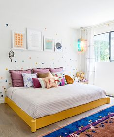 Charming & colorful mid-century modern nursery by Studio Palomino / Interior Des. - Charming & colorful mid-century modern nursery by Studio Palomino / Interior Des… – Charming & - Palomino, Beverly Hills, Barbie, Daughters Room, Kids Room Design, Cool Rooms, Interior Design Services, Upholstered Chairs, Interiores Design