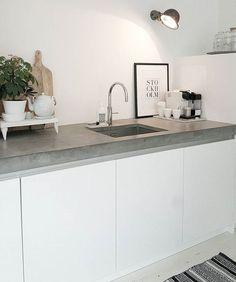 70 veces he visto estas estupendas cocinas de concreto. Rustic Kitchen Design, Interior Design Kitchen, Interior Livingroom, Minimal Kitchen, Küchen Design, Design Ideas, Cheap Home Decor, Cool Kitchens, Kitchen Dining