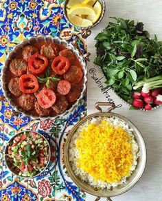 Iranian Dishes, Iranian Cuisine, Iran Food, Food Lab, Eastern Cuisine, Food Decoration, Middle Eastern Recipes, Dessert, Arabic Food