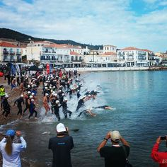 The games have started in Spetses! Here is the start of the 1k swim race #spetsathlon #triathlon