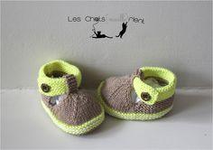 Chaussons bébé tricotés main, style sandales, marron et vert, 3-6 mois : Mode Bébé par les-chatsmaillerient