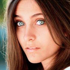 Paris - a beautiful girl ....