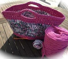 Tuto Sac Cabas en Trapilho Plus - - Crochet Diy, Love Crochet, Beautiful Crochet, Crochet Hooks, Japanese Crochet Bag, Patron Crochet, Blanket Yarn, Crochet Purses, Crochet Accessories
