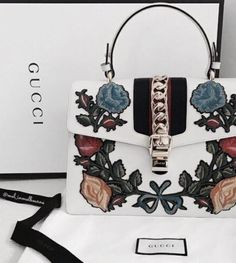 gucci sylvie embroidered top handle