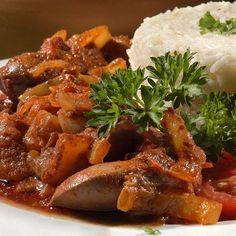 Lecsós csirkemáj IV. Recept képpel - Mindmegette.hu - Receptek Pot Roast, Thai Red Curry, Bacon, Food And Drink, Pork, Chicken, Meat, Ethnic Recipes, Kitchens
