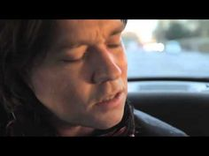 Black Cab Sessions - Rufus Wainwright...haha he made a CB look there at the beginning, he's almost as adorable.