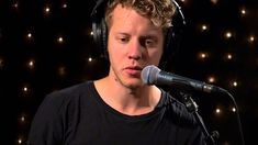 Anderson East - Full Performance  (Live on KEXP)What a voice..wow