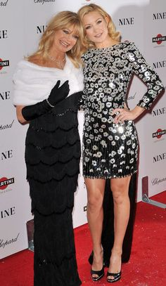 Happy 70th, Goldie Hawn!9 Times She and Kate Hudson Were the Bubbliest Mother-Daughter Duo Ever - In New York City, 2009 - from InStyle.com