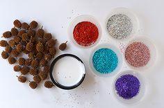 Journey into Creativity: Pine cones glitter