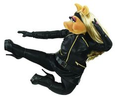 Miss Piggy in Flight!  Wow!Miss Piggy's photo.