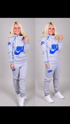 sweater nike style jumpsuit tracksuit longsleeve sweatpants sportswear sporty chic hoodie pants and THOSE SHOES Mode Outfits, Winter Outfits, Casual Outfits, Gym Outfits, Nike Outlet, Shoes Outlet, Jogging Nike, Jogging Suits, Nike Free Run