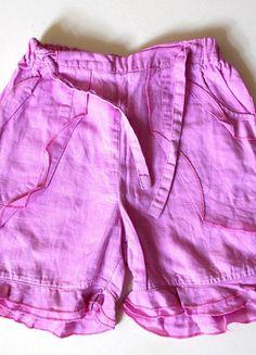 À vendre sur #vintedfrance ! http://www.vinted.fr/mode-enfants/shorts-et-pantalons/23444222-short-fille-rose-5-ans