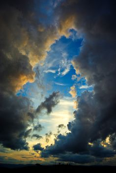 ~~Ever upward... | sun glow through the clouds, Shellharbour, New South Wales, Australia | by e0nn~~