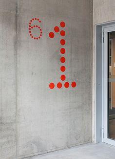 wgv Versicherungen, Stuttgart 2008. Leit- und Orientierungssystem, Schriftgestaltung / Guidance system, signage, Typedesign. Design for and with IppolitoFleitz Group, Stuttgart – ifgroup.org