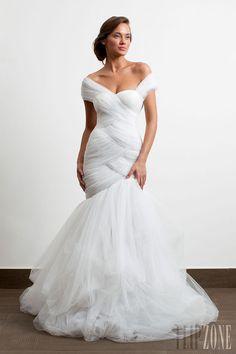 wedding dress good for full figures