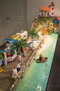 Beach Town Diorama - Mimi's Little Sylvanian Town