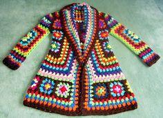 Crochet Granny Square Jacket T Crochet Bolero, Gilet Crochet, Crochet Coat, Crochet Cardigan Pattern, Crochet Yarn, Crochet Clothes, Crochet Patterns, Crochet Granny, Knitting Patterns