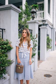 Outfit Details: Equipment Top, Nordstrom Skirt, Joie Heels, Mark Cross Bag I'm a lover of a few prints and… Summer City Fashion, Summer Fashion Outfits, Girl Fashion, Summer Outfits For Teens, Mom Outfits, Casual Outfits, Southern Fashion, Gal Meets Glam, Fashion Tips For Women