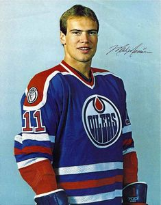 Mark Messier ranks second all-time in the NHL in career points (1,887) (to Wayne Gretzky), and in games played (1,756) (to Gordie Howe).   NHL career statistics: 1,756 games played, 694 goals and 1,193 assists for 1,887 points, plus 1,910 penalty minutes.   Inducted into the Hockey Hall of Fame in 2007.