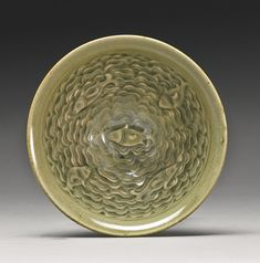 Lot A 'Yaozhou' Celadon Molded 'Fish' Bowl, Jin Dynasty Diameter 4 in. Chinese Bowls, Chinese Art, Celadon, Chinese Ceramics, Dope Art, Ceramic Design, Chinese Antiques, Ceramic Bowls, Line Drawing