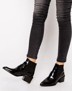 Botines de tacón medio estilo mocasín de punta Riley de Whistles