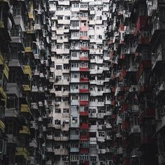 Such an awesome capture by @ollienordh . Make sure you click the link in the bio to check out his custom preset pack! Be Visually Inspired! 📷 by: @ollienordh #artofvisuals #aov #bevisuallyinspired! Location: Hong Kong —————————————————————— New preset packs added to the store ever Tuesday from amazing artists within the community. Click the link in the bio to find our more! —————————————————————— 👉🏼Artofvisuals.com👈🏼