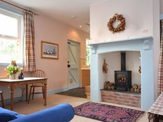 Book your holiday at Rosemary Cottage - Quality self-catering accommodation in Mid and East Devon Dartmoor, Devon, Dining Area, Lounge, Cottage, Home Decor, Airport Lounge, Lounge Music, Cottages