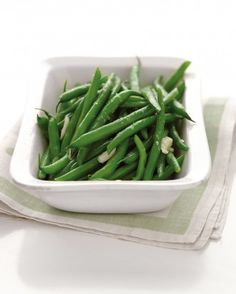 "See the ""Microwave-Steamed Garlic Green Beans"" in our Microwave Recipes gallery"