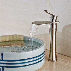 Матовый никель палуба гора ванной раковина кран одной ручкой водопад смеситель