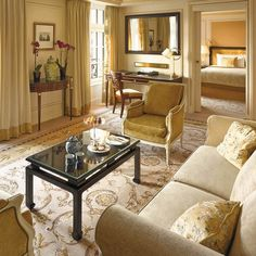 Living Room, Shangri-La Hotel Paris vossy.com