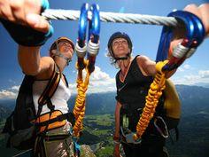 Klettern und Bergsteigen in Ramsau am Dachstein Kalk Alpen Dachsteingebirge Steiermark Österreich Natural Wonders, Hiking, Activities, Bliss, Sport, Summer, Mountain Climbing, Summer Vacations, Climbing