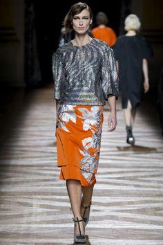 Oranje, Catwalk, Dries van Noten, Fashion, Van Arendonk Blog