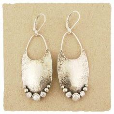 WPZ17E  Ian Gibson designs jewelry using sterling silver - based in Philadelphia    J & I jewelry