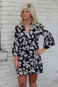 Floral & Chic Dress – Sisterly Chic Boutique