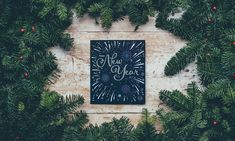 5 Fun Group Games for New Year's Eve Year Quotes, Quotes About New Year, Fun Group Games, Group Activities, Family Games, Educational Activities, New Year Goals, Gif Pictures, Wallpaper Pictures