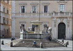 5 Favorite Reasons to Base Your Rome Vacation in Trastevere - Piazza di Santa Maria