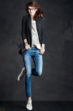 Crew website (again) and fell in love with this outfit. I think it's the perfect mix of casual and dressy (with a bit. Komplette Outfits, Casual Outfits, Casual Blazer, Simple Outfits, Fall Outfits, Summer Outfits, Looks Style, Style Me, Style Blog