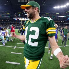 71c06236e Rodgers Caps Brilliant Game with Heroic Finish to End Cowboys  Storybook  Season