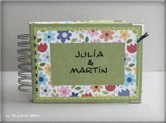 Mini álbum de Julia y Martín Frame, Home Decor, Mini Albums, Room Decor, Frames, A Frame, Home Interior Design, Decoration Home, Hoop