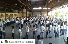 #Repost @tuacademialamalanga Bailadores Casineros full activaos en la Mega Rueda!!! #VenezuelaEnRueda #FAMILIA #SALSACASINO