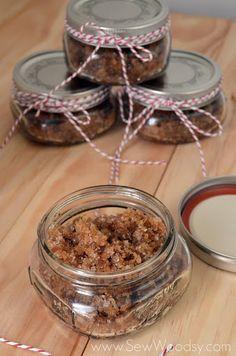 Spicy Apple Brown Sugar Scrub | Sew Woodsy