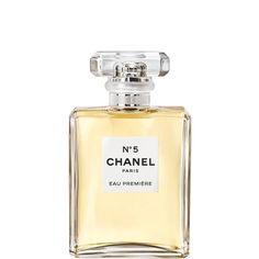 #SabíasQue la era del perfume se modernizó en 1921 con el icónico Chanel No.5 de la diseñadora Coco Chanel