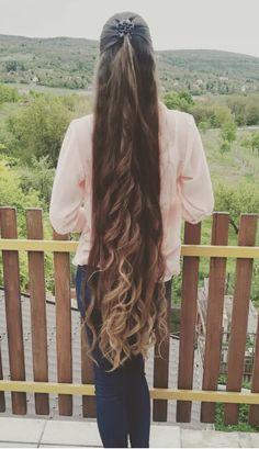 Long Blunt Hair, Long Hair Tips, Long Hair Ponytail, Braids For Long Hair, Red Hair Pictures, Really Long Hair, Rapunzel Hair, Foto Pose, Silky Hair