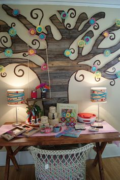 Wall tree from wood scraps - nest full of eggs: Holiday 11 Ideas House Little Girl Rooms, Little Girls, Wall Decor, Room Decor, Wall Art, Wood Scraps, Tree Wall, Art Plastique, My New Room