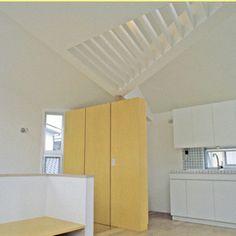 建築 デザイン   傑作の狭小住宅20   多様な窓が生み出す開放系リビング/建築面積:8.5坪   For M